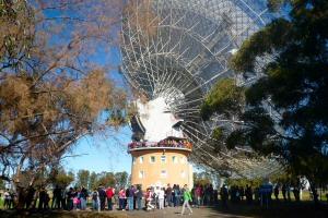 The queue for the telescope tour